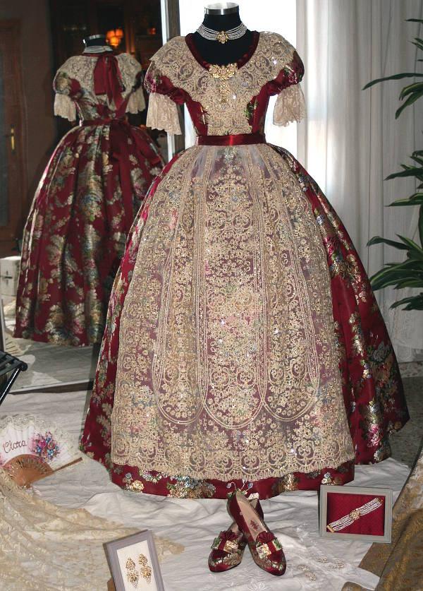 Vestido valenciana S.XIX